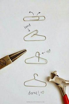 DIY mini clothes hanger