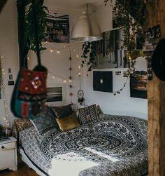 ♡ Dream room ⛺️⭐️ via @charliecarlsson ✨