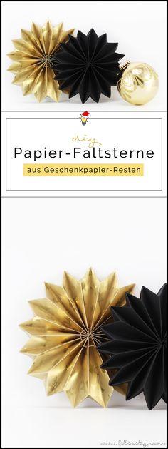 Weihnachtliches Recycling DIY: Faltsterne aus Geschenkpapier-Resten | Filizity.com | DIY-Blog aus dem Rheinland #weihnachten #baumanhänger #geschenkanhänger #verpacken