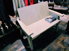 Ply edge bench for UO