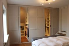 Set up a luxurious bedroom? You get ideas here - Furniture - Set up a luxurious bedroom? You get ideas here – get up - Attic Master Bedroom, Upstairs Bedroom, Closet Bedroom, Home Bedroom, Master Suite, Modern Bedroom Design, Contemporary Bedroom, Dispositions Chambre, Attic Wardrobe