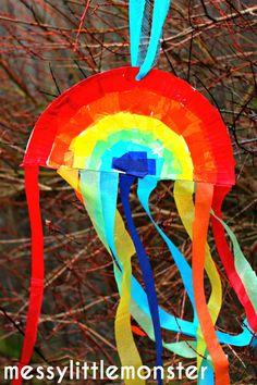 Messy Little Monster: Paper Plate Craft: Rainbow Sun Catcher/ Kite