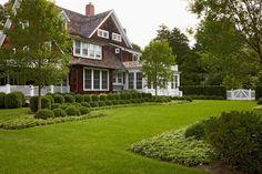 (via s h i n g l e - s t y l e / Edmund Hollander Landscape Architect Design P.C. - Recent Projects - Vil…)