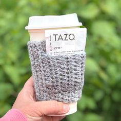 Ravelry: Cup Cozy with Pocket pattern by Jeris Swanhorst Cup Sleeve, Coffee Sleeve, Crochet Coffee Cozy, Mug Cozy, Pocket Pattern, Coffee Lover Gifts, Easy Crochet Patterns, Craft Fairs, Little Gifts
