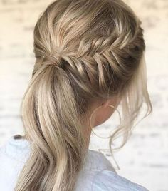 Content filed under the Hair styles category. Messy Ponytail Hairstyles, Pretty Hairstyles, Wedding Hairstyles, Braid Ponytail, Braids, Medium Hair Styles, Curly Hair Styles, Instagram Hairstyles, Hair Magazine