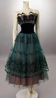 Vintage 1950s green and black flocked tulle dress. WOW! |Pinned from PinTo for iPad|