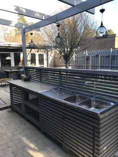 Outdoor Patio Bar, Build Outdoor Kitchen, Outdoor Kitchen Design, Outdoor Living, Rooftop Design, Terrace Design, Garden Office Shed, Bbq Shed, Garden Pond Design
