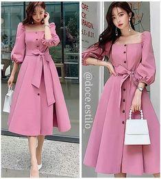 Frock Fashion, Fashion Dresses, Stunning Dresses, Pretty Dresses, Myanmar Dress Design, Dress Pesta, Ankara Gown Styles, Prom Dresses Long With Sleeves, African Print Dresses