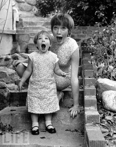 Twinsies: Shirley MacLaine & her daughter Sachi, circa 1959.