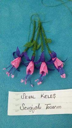 Neşe'nin gözdeleri Ribon Flowers, Creative Embroidery, Needle Lace, Crochet Necklace, Artwork, Crafts, Istanbul, Jewelry, Crochet Flowers