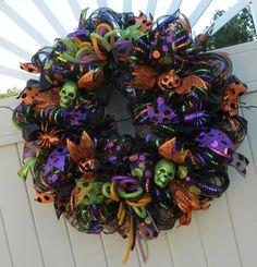 Deco Mesh Halloween Wreath, Spider Pumpkin skull wreath, black mesh purple green orange, halloween decor