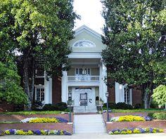 Pettigru Street Historic District ~ Greenville , South Carolina