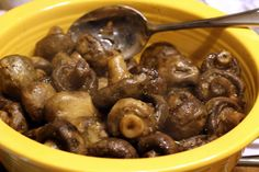 How to prepare recipe for Crockpot Ranch Mushrooms! Learn how to make and how to cook this easy and delicious recipe posted by You won't believe there's only 3 ingredients! And you just stick them in the crockpot and voila. side dish is done :) Crock Pot Slow Cooker, Crock Pot Cooking, Slow Cooker Recipes, Cooking Recipes, Crock Pots, Cooking Ideas, Crockpot Side Dishes, Healthy Crockpot Recipes, Appetizer Crockpot