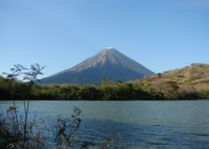 Rising proudly from the waters of Lake Nicaragua, Ometepe Island is made up of two magnificent volcanic cones and is a more than impressive sight as you gaze across to its shores.