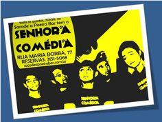 """Para quem não conhece, o Senhora Comédia é um grupo paulistano de jovens universitários humoristas de stand-up comedy que se revezam no palco para contar histórias e reflexões sobre o cotidiano. Não perca, nesta quinta-feira, às 20h, a apresentação de """"Sacudindo!""""."""