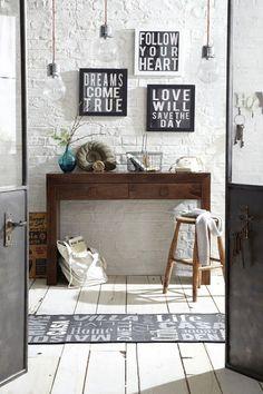 Positive Mantras - Hallway Design Ideas & Pictures – Decorating Ideas (houseandgarden.co.uk)#ViewImage