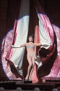 American actress Natalie Wood throws back stage curtains as she performs as the burlesque stripper Gypsy Rose Lee in a publicity still from the movie 'Gypsy' directed by Mervyn LeRoy, Get premium, high resolution news photos at Getty Images Gypsy Rose Lee, Hollywood Glamour, Hollywood Stars, Classic Hollywood, Old Hollywood, Natalie Wood, Hollywood Costume, Hooray For Hollywood, Cinema
