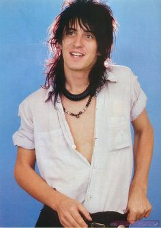 And why Izzy Stradlin net worth is so massive? Izzy Stradlin net worth is definitely at the very top level among other celebrities, yet why? Guns N Roses, 96 Hours, 80s Hair Bands, Welcome To The Jungle, Axl Rose, The Breakfast Club, Heart Eyes, The Duff, Led Zeppelin