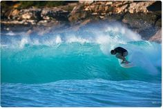 Move of the morning, head grinder courtesy of Kerion Lewis. Photo Uge @aquabumps