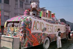 Amsterdam anni 60 70 - Dam Squar ,il Magical Mystery Tour ed il Signor Mameli - years 60 70 hippies #further #psychedelic