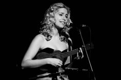 Nellie McKay + ukulele = swoon = double swoon