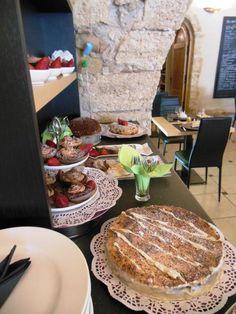 tea time gateaux crumble cake cupcake stollen Restaurant BK Montagnac par annett b. - Food Reporter