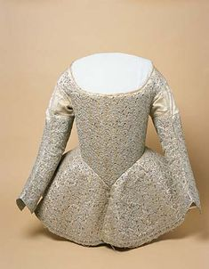 Bodice made in 1642 is now located in Rijksmuseum, Amsterdam