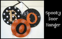DIY: Spooky Door Hanger - Peek-a-Boo Pattern Shop: Embroidery Hoops, fabric, hot glue gun (You can do this for any holiday just by using different fabric)