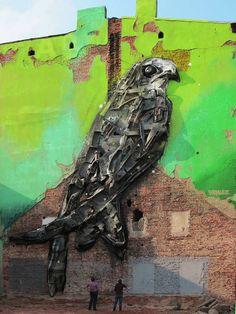 Les dernières créations street art issues du projet Big Trash Animals de l'artiste portugais Artur Bordalo, aka Bordalo II, qui continue de transformer les