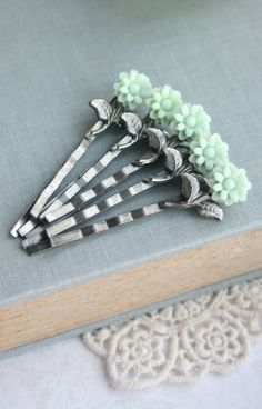 Wedding Hair Accessories. Mint Flower Hair Pins. Green
