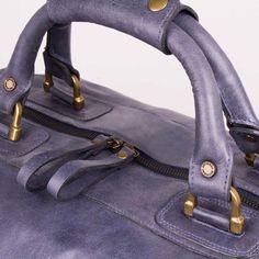 Pra quem ainda vai curtir as férias nossas malas de couro são perfeitas e vão durar por toda a sua vida!