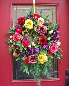 Beautiful Welcome - a handmade wreath makes a perfect housewarming gift!