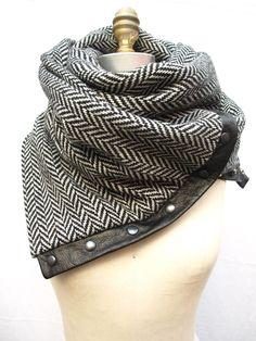 Herringbone Chunky wool circular infinity scarf