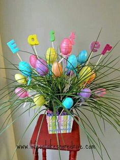 Celebrate the joy of this season along with nature with some adorable Easter tree decoration ideas. Don't Know How To Make An Easter Tree Browse 50 Beautiful Eater Decoration Ideas. Easter will marks the beginning of spring for many of us. Easter Tree Decorations, Easter Wreaths, Easter Decor, Easter Centerpiece, Spring Decorations, Easter Ideas, Centerpieces, Easter Projects, Easter Crafts