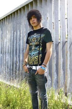Enjoy more at my EMO BOY DIARY. Very few people can pull off suspenders. Cute Emo Guys, Hot Emo Boys, Emo Love, Emo Girls, Guys And Girls, Emo People, Scene Guys, Punk Boy, Emo Scene Hair