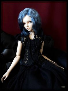 ooak gold and black goth lolita outfit for sd dolls fairyland feeple luts