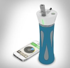BlueFit Smart Water Bottle - For the workout fanatic! Monitor your water intake while on-the-go. Pair with Mobile Clean & Go screen cleaner to remove any water droplets on your phone screen while hydrating! #tryMCNG #giftguide