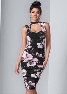FLORAL BODYCON RUCHED DRESS Formal Dress Shops, Formal Dresses, Party Dresses, Ruched Dress, Bodycon Dress, Fall Outfits, Fashion Outfits, New Wedding Dresses, Types Of Dresses