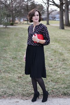 I love this high waisted pleated skirt it's modest and stylish with a bit of sass and pairs perfect with this heart blouse and red clutch Fall Fashion Outfits, Fall Fashion Trends, Winter Fashion, Red Clutch Purse, Pleated Skirts, Work Casual, Skirt Outfits, Outfit Ideas, Lost