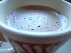 Chocolat chaud.....soup & co moulinex Soup & Co, Blog, Cookies, Tableware, Desserts, Milk, Drink, Chocolates, Kitchens