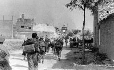 Quinto 1937: Las tropas republicanas entrando en Quinto en Agosto del 37/ Republican troops returning to Quinto after the war, August 1937