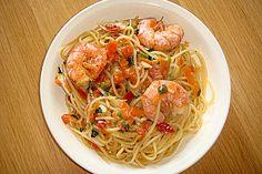 Spaghetti mit Garnelen, ein gutes Rezept aus der Kategorie Krustentier & Muscheln. Bewertungen: 95. Durchschnitt: Ø 4,6.