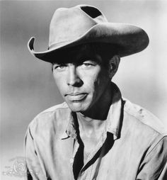 james coburn | Still of James Coburn in The Magnificent Seven (1960)