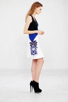 Sachin & Babi Pre-Fall 2014 Fashion Show - Amanda Norgaard