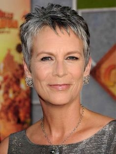 Jamie Lee Curtis' salt and pepper hair colour.