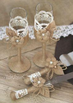 Conjunto de la boda rústica arpillera encaje por VioletAtelier                                                                                                                                                                                 Más