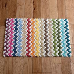 Merveilleux Zig Zag Bath Rug   Colorful Zig Zags Instantly Inject Bright And Bold Color  Into Your