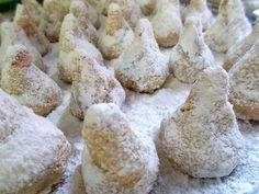 Greek Desserts, Ice Cream Desserts, Greek Recipes, Easy Desserts, Dessert Recipes, Greek Cookies, Greece Food, Chocolate Sweets, Wedding Desserts
