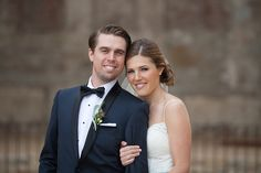 Rustic-wedding-at-the-villa-san-juan-capistrano-bride-and-groom-hugging