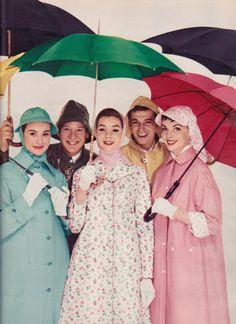 Seventeen Editorial shot by Diane and Alan Arbus 1956 Vintage Fashion 1950s, Fifties Fashion, Teen Fashion, Womens Fashion, Female Fashion, Seventeen Magazine, Power Dressing, Vintage Fashion Photography, Fashion Catalogue